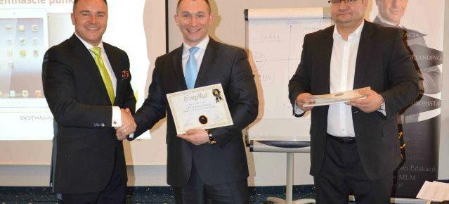 Szkolenia i ich wpływ na biznes – opinie i relacje ze szkoleń dostępnych w Polsce.